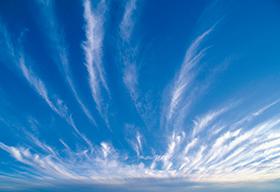 蓝天白云远方